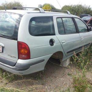 Dezmembrari Renault Megane 1 combi [An 1999-2003] 1.9 dci