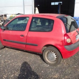 Dezmembrez Renault Clio Coupe 1.5 DCI
