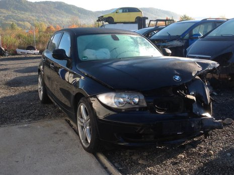 Dezmembrez BMW Seria 1 E87, 2.0D