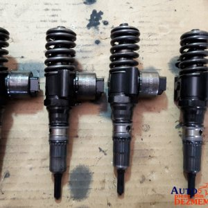 Injector 03G130073B Vw Golf 5 2.0 tdi BKD