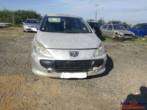 Dezmembrez Peugeot 307 2.0 Hdi, 136 cp 6 viteze